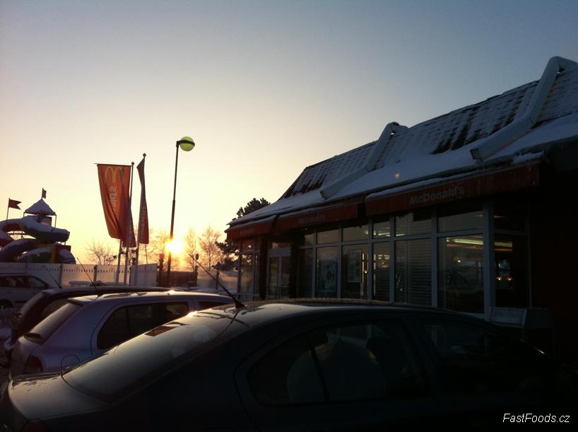 McDonalds Kochánov, Dálnice D1 Praha - Brno